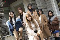 Gfriend 2019 Season's Greetings Behind Kpop Girl Groups, Kpop Girls, Jaehyun, Nct, Korean Friends, Kim Ye Won, Sinb Gfriend, Cloud Dancer, Summer Rain