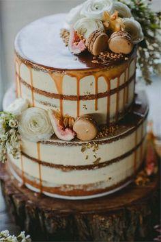 gateau de mariage aux figues et macarons - Kuchen-Eis-Brot-Gebäck-Muffin-Cupcakes - # Wedding Cake Rustic, Fall Wedding Cakes, Rustic Cake, Wedding Cake Designs, Cupcake Wedding, Wedding Blue, Rustic Birthday Cake, Cake Birthday, Summer Wedding