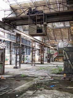 abandoned warehouse by lensmade