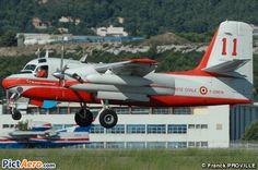 S2F Tracker | Grumman S2F-1 Tracker - Conair Turbo Firecat (France - Sécurité ...
