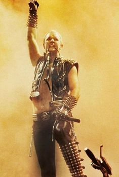 Fist to the sky. like Freddie. his adorable Freddie Judas Priest, Rock Posters, Band Posters, Rob Halford, Defender Of The Faith, Heavy Metal Fashion, Glam Metal, Heavy Metal Bands, Iron Maiden