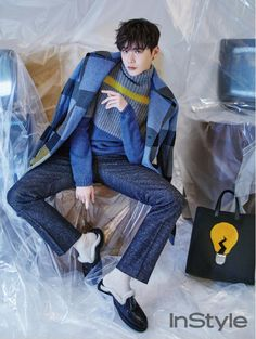 """Fresh off the success of KDrama """"W- Two Worlds"""", the actor Lee Jong Suk has left everyone with the """"Kang Chul"""" fever and just when the ladies are feeling the sep… Lee Jong Suk Hot, Lee Jung Suk, W Kdrama, Kdrama Actors, Suwon, Asian Actors, Korean Actors, Korean Idols, W Two Worlds Wallpaper"""