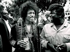HANGING OUT WITH JIMI HENDRIX (1964-1970) Vintage celebrity photography with Jimi Hendrix. Enjoy ;)