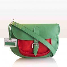 ESSENCIAL Verde-Rojo. Begoña Cervera Calle