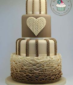 ♥ Knit Heart Cake ♥