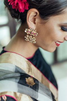 Naina de Bois-Juzan; Neelam Narang earrings and a Raw Mango checked sari | Ogaan