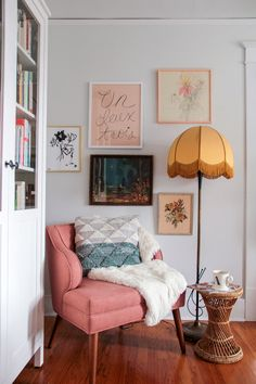 Home Decor Bedroom, Living Room Decor, Bedroom Ideas, Deco Pastel, Bedroom Corner, Bedroom Reading Nooks, Master Bedroom Makeover, Master Bedrooms, Cozy Corner