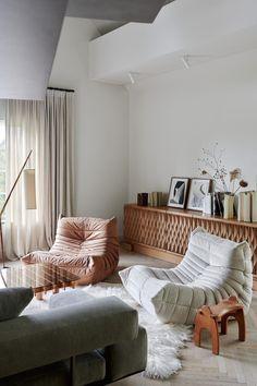 Vogue Living, Vintage Furniture, Furniture Design, Interior Architecture, Interior Design, Style Deco, Minimalist Home, Beautiful Interiors, Home And Living