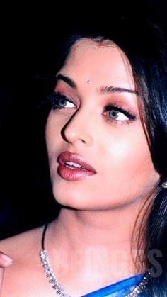 Aishwarya Rai Young, Aishwarya Rai Pictures, Actress Aishwarya Rai, Aishwarya Rai Bachchan, Most Beautiful Indian Actress, Most Beautiful Women, Samantha Images, Beautiful Christina, Special People