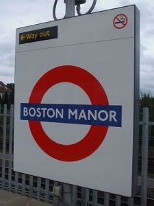 Step by Step Guide to Boston Manor Tube Station in London #London #stepbystep