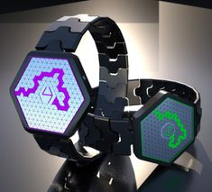 Microbe LCD watch evolves to tell the time.