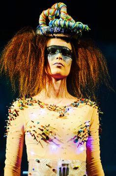 #catwalk#cyberpunk#elegant