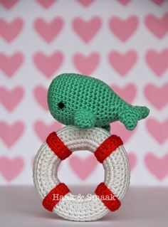 Free crochet pattern for whale rattle