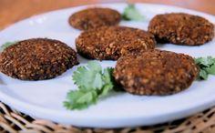 Hambúrguer de feijão preto: receita da Bela Gil - Receitas - GNT