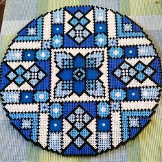 Hama perler beads By @Shafiebieg - ( 35 cm / 14 inch in diameter ) LOVE the color blue, in all shades.... ;)