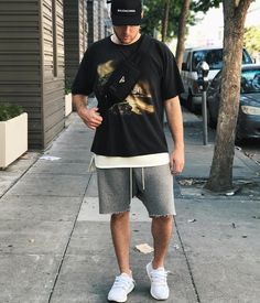 83 mentions j'aime, 3 commentaires - brandon ( Smart Casual White Shirt, Smart Casual Menswear, Streetwear Summer, Streetwear Fashion, Mens Fashion Sweaters, Sweaters And Jeans, Fashion Outfits, Tomboy Outfits, Man Fashion