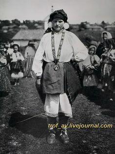 oI< Женщина в Тульском костюме, 1900е г.