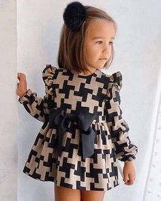 Sewing on children patterns needlework Toddler Fashion children needlework Patterns Sewing Baby Dress Design, Baby Girl Dress Patterns, Little Girl Outfits, Kids Outfits Girls, Little Girl Fashion, Little Girl Dresses, Cute Baby Dresses, Dress Girl, Little Girls