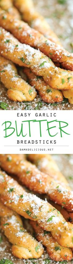 Easy Garlic Butter Breadsticks - The easiest garlicky-parmesan breadsticks made in less than 20 min - no yeast, no rolling, nothing. Would make with homemade bread dough I Love Food, Good Food, Yummy Food, Fingers Food, Snacks Für Party, Best Appetizers, Food To Make, Cooking Recipes, Cheese Recipes