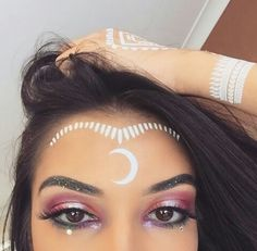 White henna and glitter eyes