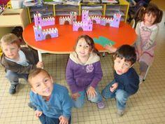 Ecole Maternelle Henri Adam - Saint Avertin - Exposition de châteaux et princesses d'après GUSTAV KLIMT