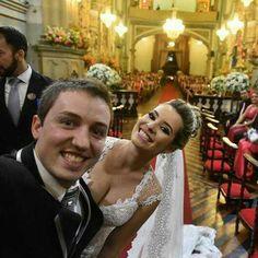 Mais clicks dos nossos noivos lindos Bianca e Felipe. Não me canso de ver as fotinhas de vocês! <3  #universodasnoivas #noiva #weddings #wedding #weddingday #weddingdress #casamento #casamentos #vestido #vestidos #vestidodenoiva #noivaarabe #arabian #bride #noivalinda #inesquecivelcasamento #sãojoãodelrei #brasil #happywedding #inspiracion #inspiraciondeboda #weddinginspain #noivosjovens #weddinginspiration
