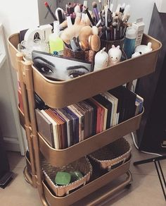 Gorgeous Makeup Organization For Your Room can find Makeup storage organization and more on our website.Gorgeous Makeup Organization For Your Room 34