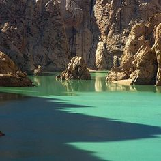 Mysterious lake Kol-Suu #Kyrgyzstan