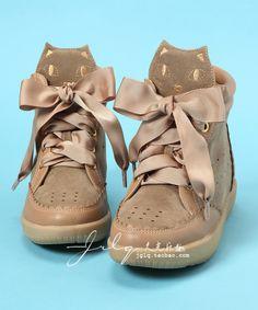 Cat Sneakers ♡