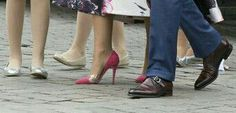 Shoes are made for walking. Maxima, Willem Alexander and their doughters kingsday 2014