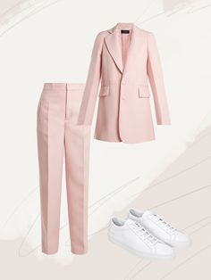 Business suits for women are having a major style moment in the fashion industry. Find the best suiting style for you from our 13 editor-approved looks. Office Outfits, Office Wear, Casual Outfits, Fashion Outfits, Womens Fashion, Office Uniform, Casual Office, Dress Casual, Petite Fashion