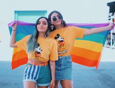 High quality Androgyne Flag gifts and merchandise. Cute Lesbian Couples, Lesbian Pride, Lesbian Love, Cute Couples Goals, Couple Goals, Girlfriend Goals, Gay Aesthetic, Gay Couple, Girls In Love