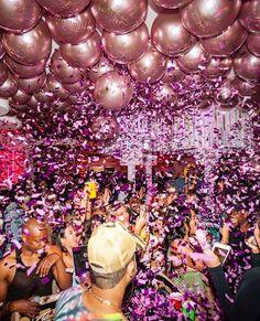 Keeping up with Kylie❤Estando al día con Kylie❤ Kendall Jenner Birthday, Kylie Birthday, Birthday Club, Birthday Goals, 18th Birthday Party, Diy Birthday, Birthday Ideas, Ibiza Party, 21st Birthday Decorations