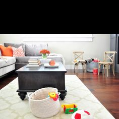 Beautiful Corner Sofa Furniture Sets and Dark Table in Small Living Room Decorating Designs Ideas Elegant House Interior Designs with Safe a. My Living Room, Home And Living, Living Room Decor, Living Spaces, Child Friendly Living Room, Kid Friendly Rugs, Living Walls, Small Living, Transitional Living Rooms