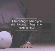 """""""Dua etmeye başladığın zaman hayat değişir. Anlam kazanmaya başlar"""""""