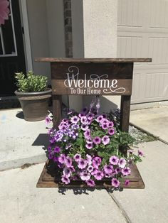 Welcome Planter Welcome to Our Home Porch Decor Welcome Sign Plant Hanger Standing Planter Front Door Decoration Wooden Planters, Diy Planters, Hanging Planters, Welcome Signs Front Door, Wooden Welcome Signs, Front Door Plants, Front Door Decor, Front Doors, Welcome Flowers