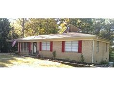 315 Shady Ln Norwood 3 bedrooms 2 baths $775  Available December