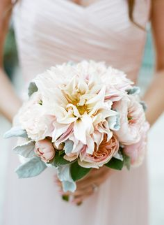 pink dahlia and rose bouquet