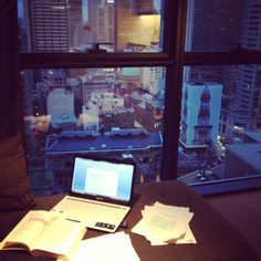 elleandloz:  Studying with this view