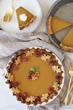 Vegan Gluten Free Pumpkin Pie with Sugared Cranberries