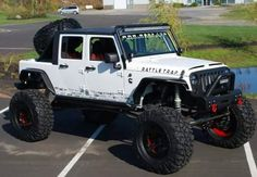 I dont usually like white jeeps but this one looks good.