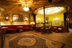 Pour Vous - Los Angeles , California   Larchmont Nightclub Reviews, and More
