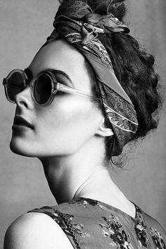 10 façons de se coiffer avec un foulard