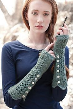 Engagement present? Ravelry: Sword of Gryffindor Mitts pattern by Elizabeth Cherry