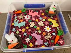 rabbit themed sensory bin Farm Sensory Bin, Toddler Sensory Bins, Toddler Preschool, Toddler Crafts, Easter Recipes For Toddlers, Easter Activities For Toddlers, Abc Activities, Homemade Moon Sand, Sand And Water Table