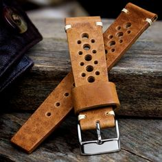 Your beautiful Geckota Classic Vintage Racing strap has been skilfully crafted to evoke memories of a golden age of 1960s and 1970s motor sport.Will you wear yours with a high-fashion designer watch, a classic luxury brand or your new Geckota racing watch? Whatever your preference, the beautiful vintage-style waxed leather looks amazing and gains more character with every wear. And then there's the timeless aroma of leather...For stunning looks and a sense of 1970s Monte Carlo or Le Mans,...