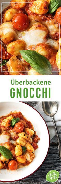 Tu Dir was Gutes! Unser Soul Food hilft Dir, schnell und einfach zubereitet, nach einem langen Arbeitstag lecker zu entspannen. Und was gibt es Besseres, als etwas mit Käse zu überbacken? Klar – mit Mozzarella! Gepaart mit italienischen Gewürzen, Tomaten und feinen Kartoffel-Nocken ist der Feierabend gerettet.