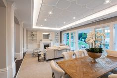 Hamptons Interior Design & Style Ideas | Intrim Moulding Hamptons Style Homes, Hamptons House, The Hamptons, Off White Kitchens, Interior Styling, Interior Design, Interior Walls, Dining Area, Dining Room