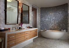 Calacatta and Mystery White Marble Penthouse Bathroom Seminole Hard Rock, Home Decor Inspiration, Marble Bathroom, Shower Wall, Decor Design, Luxury Decor, Limestone Flooring, Marble Bedroom, White Marble