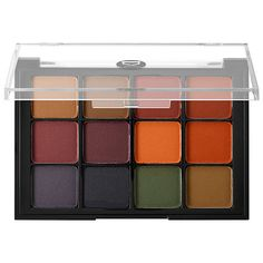 What it is:A coveted professional eyeshadow palette that can be used for shading, highlighting, and defining eyes, brows, and the contours of the face. What it does:Get professional quality eye looks with these versatile 12-shade palettes. Viseart